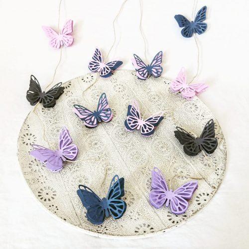Papier-Schmetterlinge als Deko von Sophya_kreativ